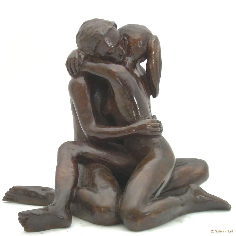 Statue couple nu bronze